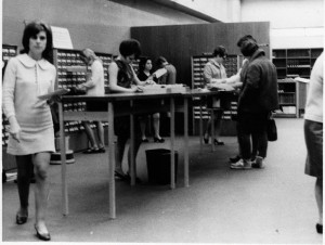 Card catalogue in 1969_3